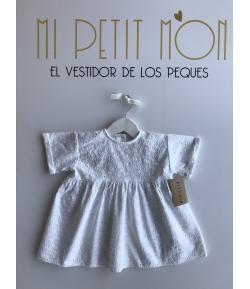Blusa blanca bordada Mia y Lia