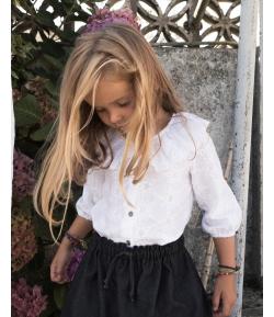 Blusa bordada blanca Mia y Lia